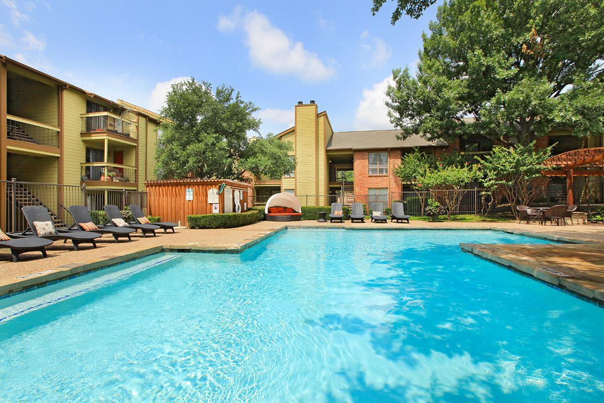 Pool at Listing #137143