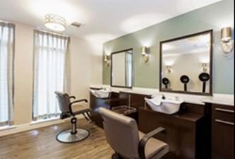 Salon at Listing #147793