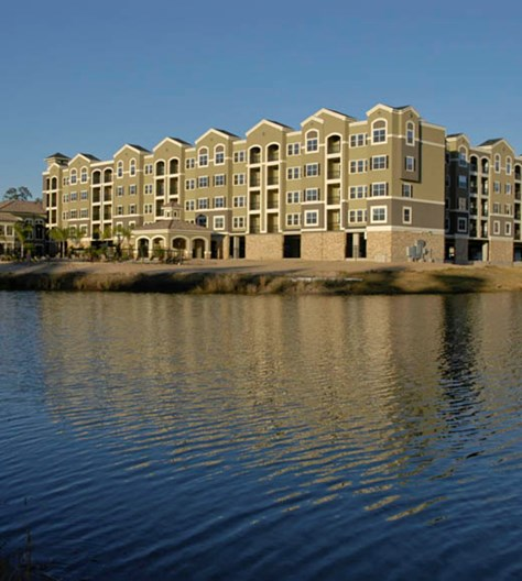 Abbey on Lake Wyndemere Apartments