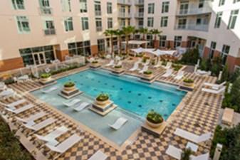 Pool at Listing #270577