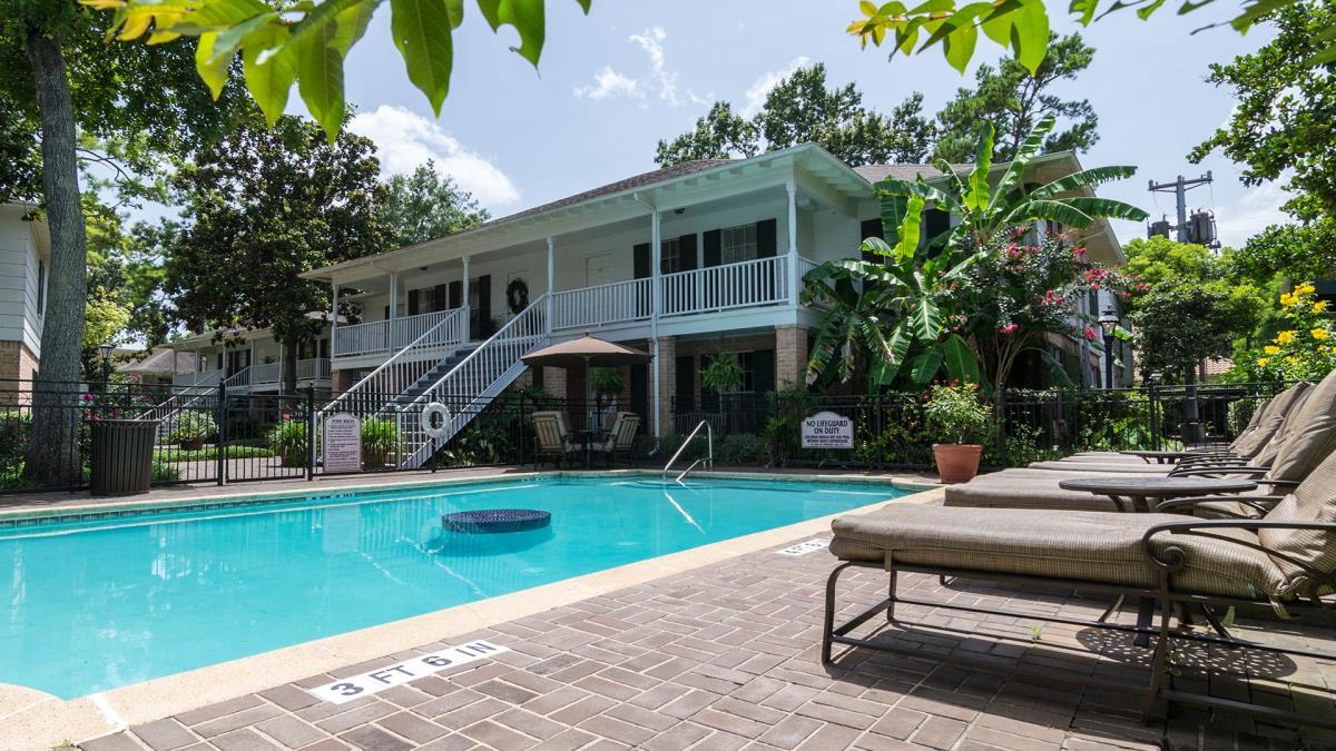 Pool at Listing #139658