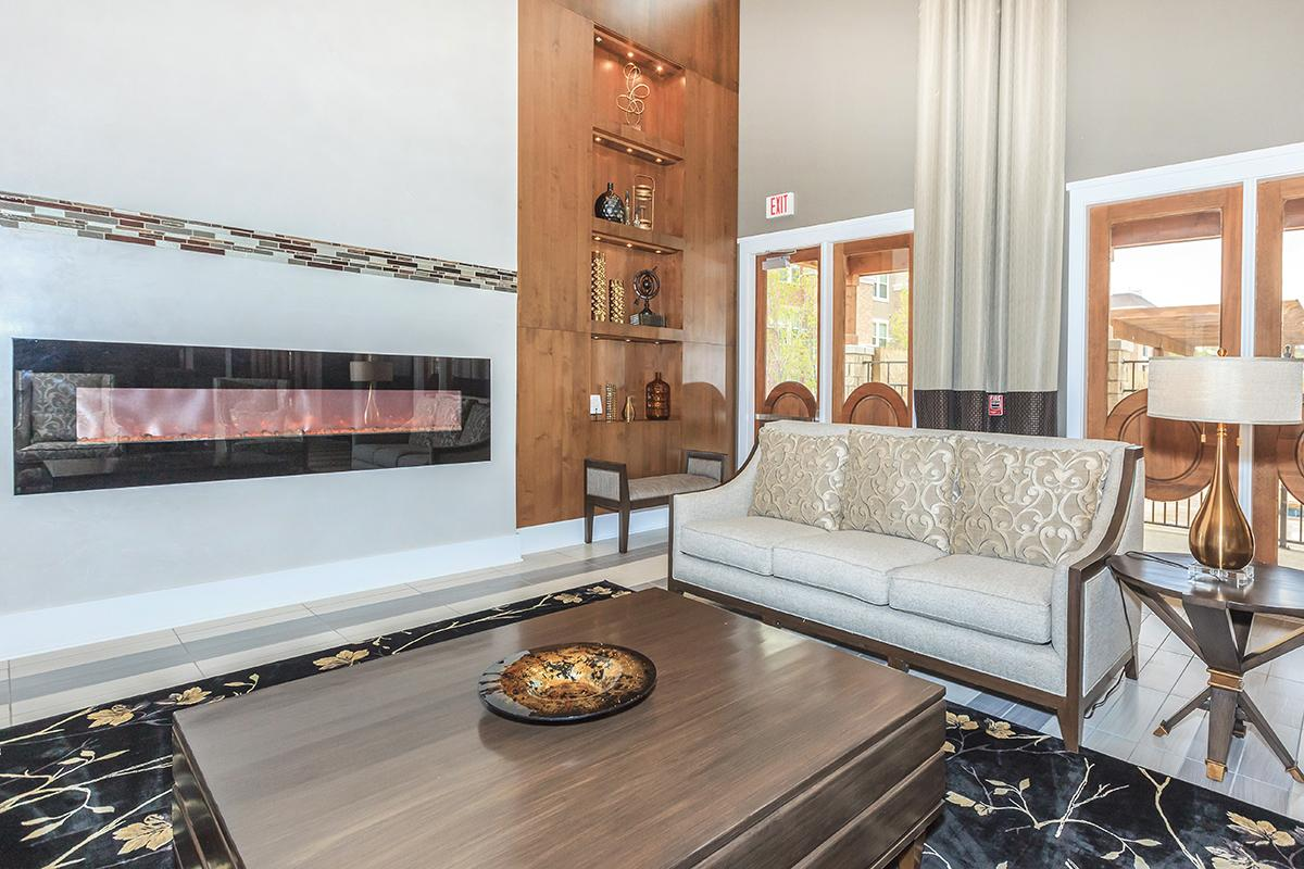 Lounge at Listing #261402