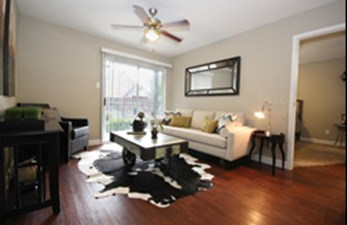 Living 1 at Listing #138900