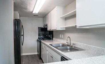 Kitchen at Listing #136258