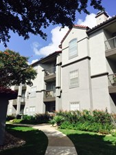 Exterior at Listing #140601