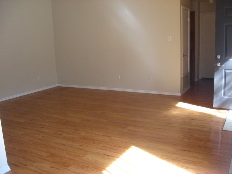 Living at Listing #140636