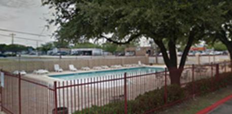 Pool at Listing #137377