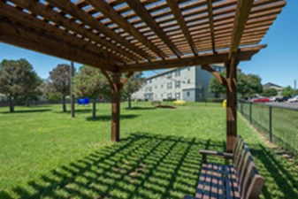 Courtyard at Listing #144064