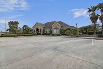 Exterior at Listing #236379