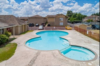 Pool at Listing #139985