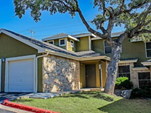 Exterior at Listing #141448