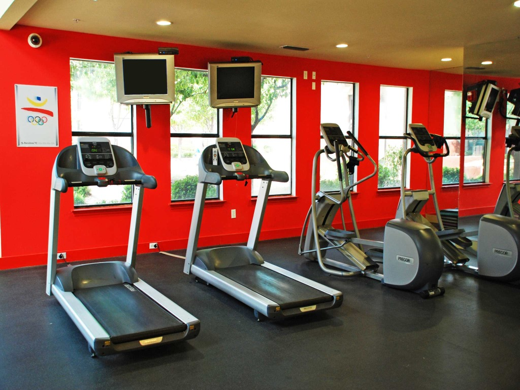 Fitness Center at Listing #138171