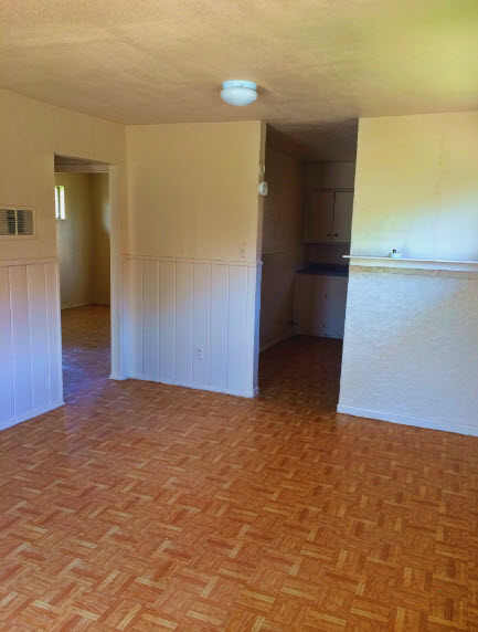 Living at Listing #256546