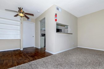 Living Area at Listing #138999