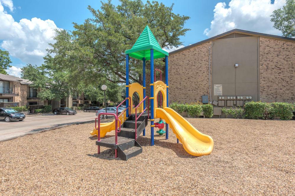 Playground at Listing #136251