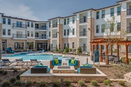 Grand on Beach Apartments Haltom City TX