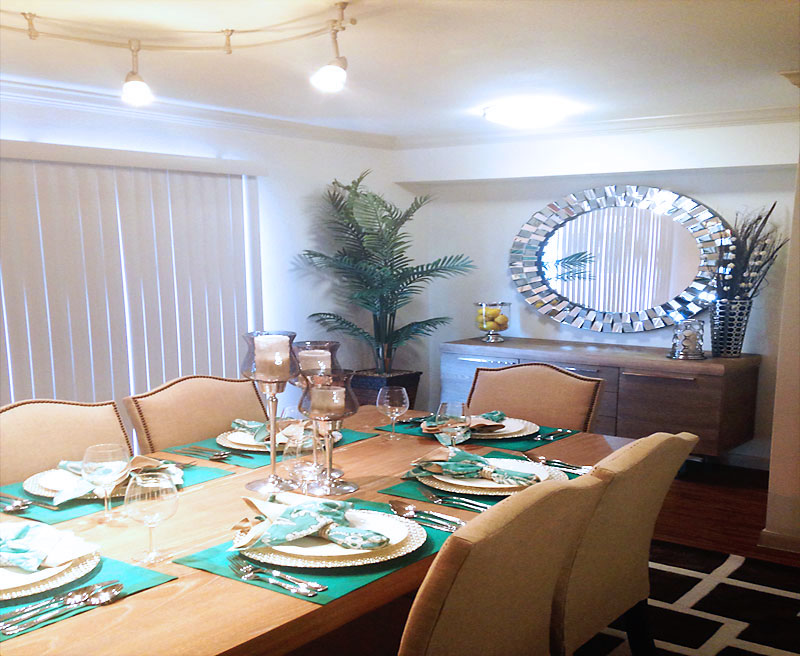 Dining at Listing #139494