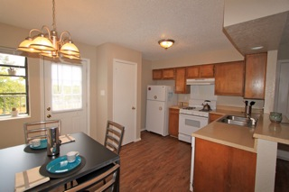 Kitchen at Listing #140428