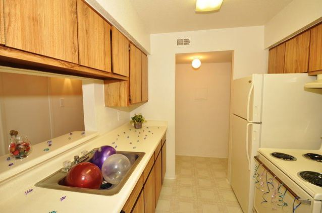 Kitchen at Listing #139816