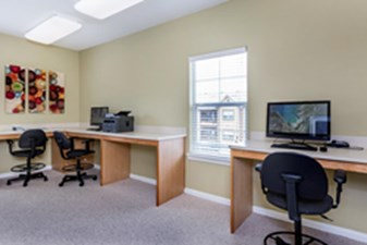 Business Center at Listing #144230