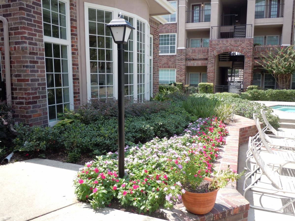 Exterior at Listing #138680