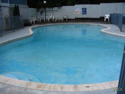 Pool at Listing #141269
