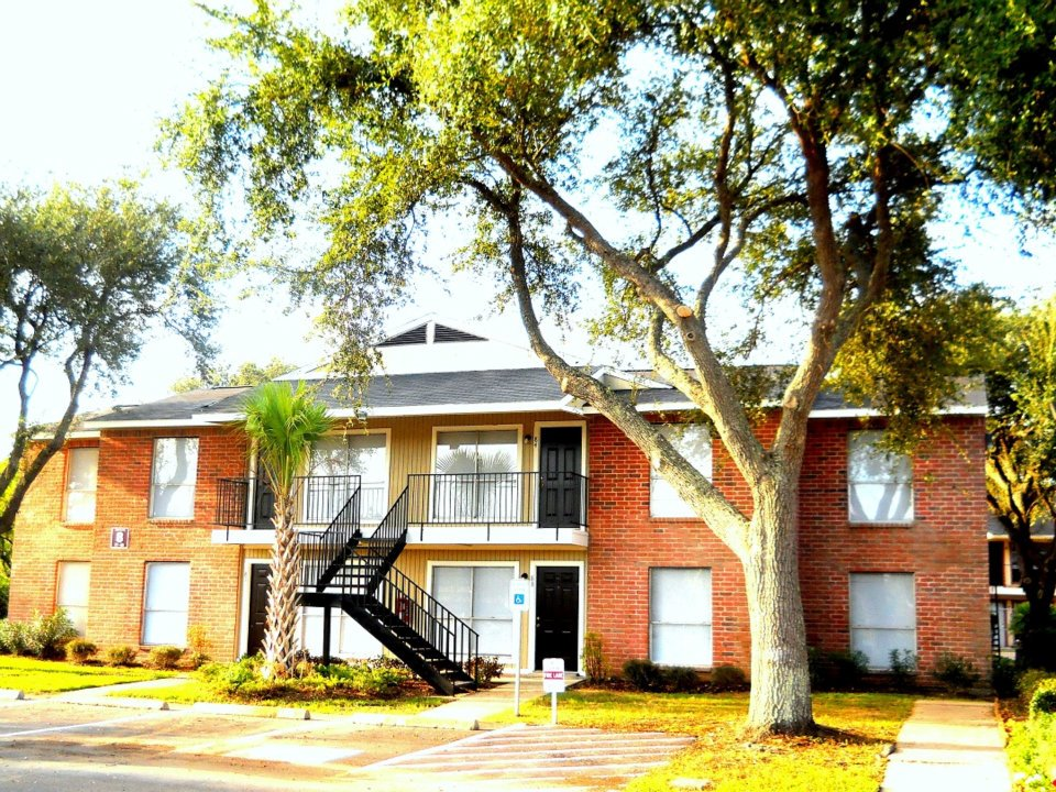 Savan Villas Apartments Texas City TX
