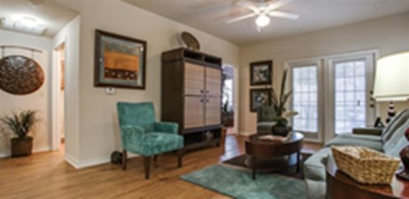 Living at Listing #145146