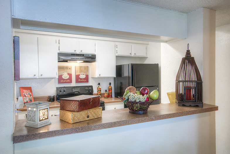 Kitchen at Listing #141003