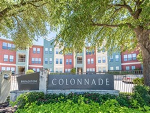 Broadstone Colonnade at Listing #144111