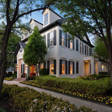 Heritage at Lakeside Apartments Plano TX