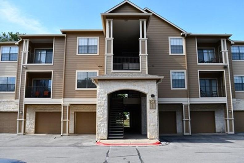 Ventana Oaks Apartments