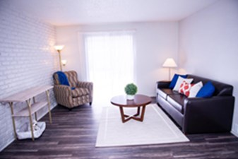 Living at Listing #139846