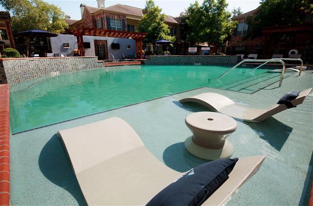 Pool at Listing #138753