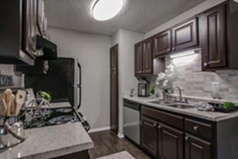 Kitchen at Listing #136192