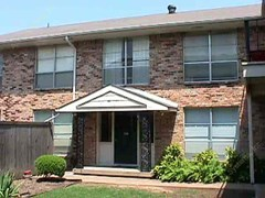 Wilshire on Mockingbird Apartments Dallas TX