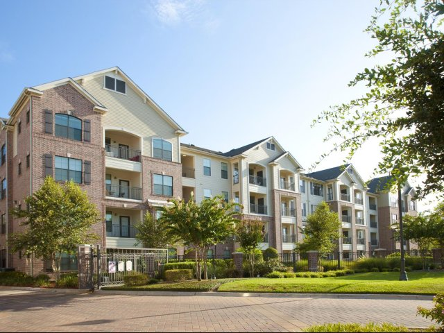 Villas at Bunker Hill Apartments Houston TX