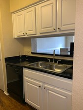 Kitchen at Listing #138887