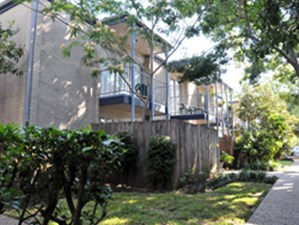 Exterior at Listing #139117