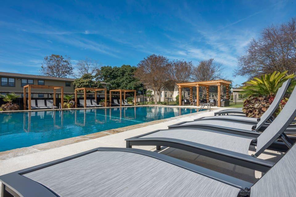 Pool at Listing #141124