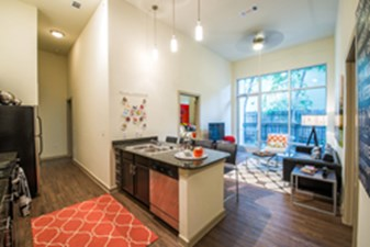 Living at Listing #225419