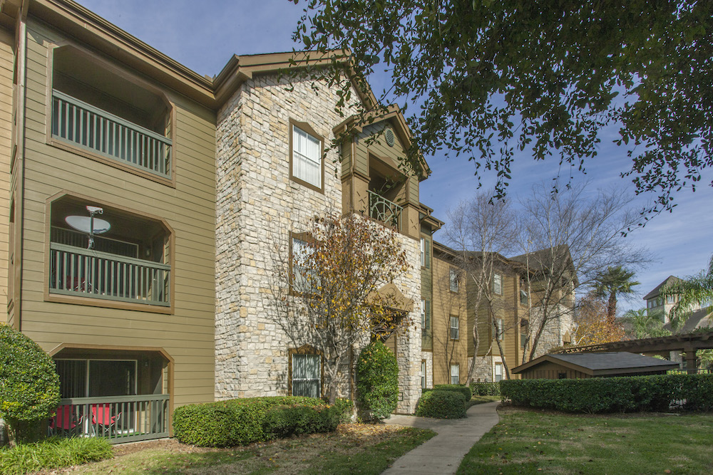 Exterior at Listing #138743