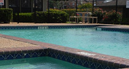 Pool at Listing #136705