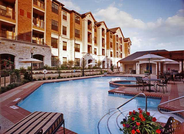 Pool at Listing #144593
