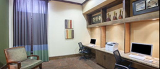 Business Center at Listing #147695