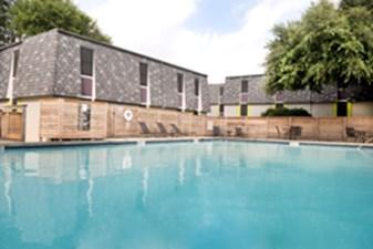 Pool at Listing #140558