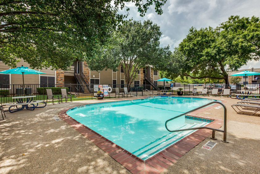 Pool at Listing #136761
