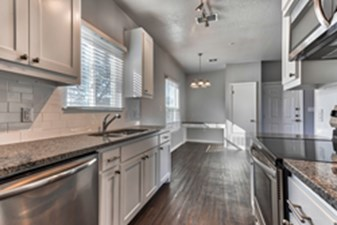 Kitchen at Listing #330263