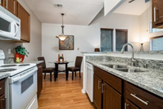 Dining/Kitchen at Listing #137621