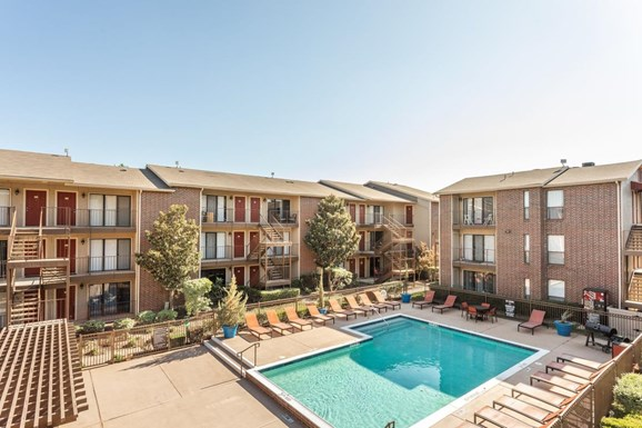 Vue at Knoll Trail Apartments